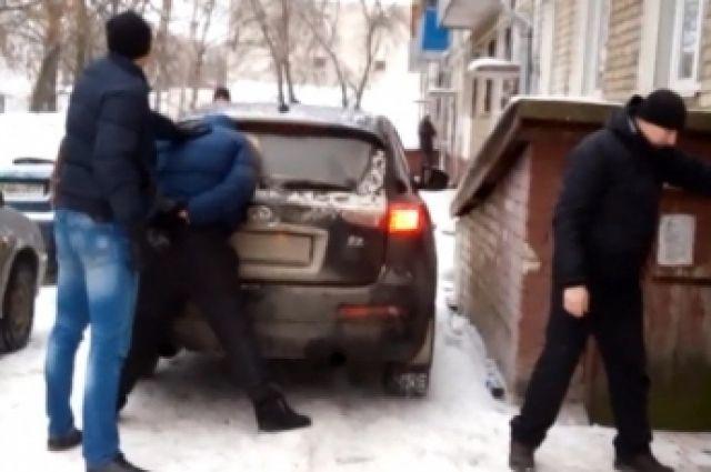 ВЯрославской области вТутаеве пойманы серийные автоугонщики