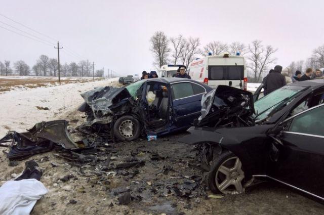 МВД подтвердило гибель 21-летних супругов на трассе Калининград-Нестеров.