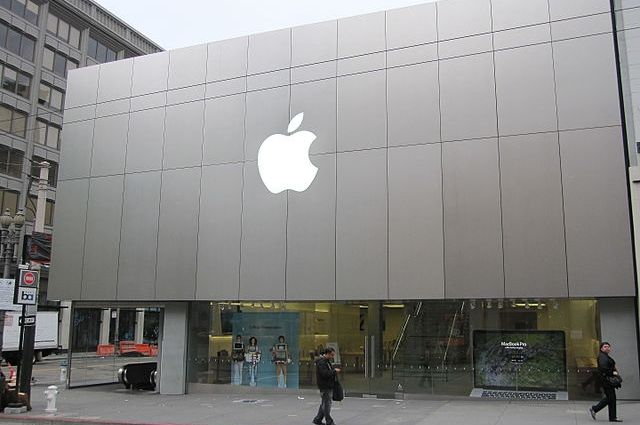 Apple подала в суд на компанию Qualcomm