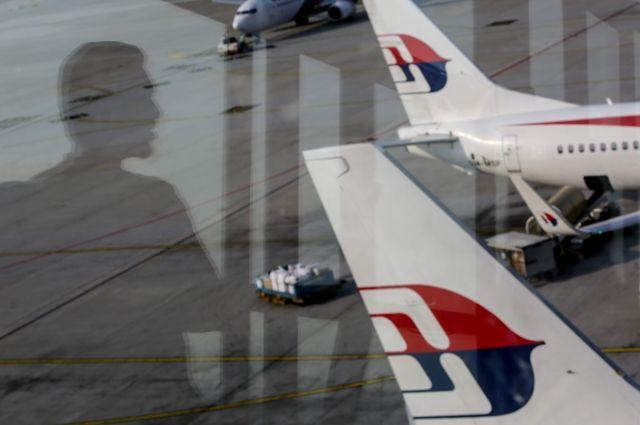 Родственники пассажиров рейса MH370 просят возобновить поиски лайнера