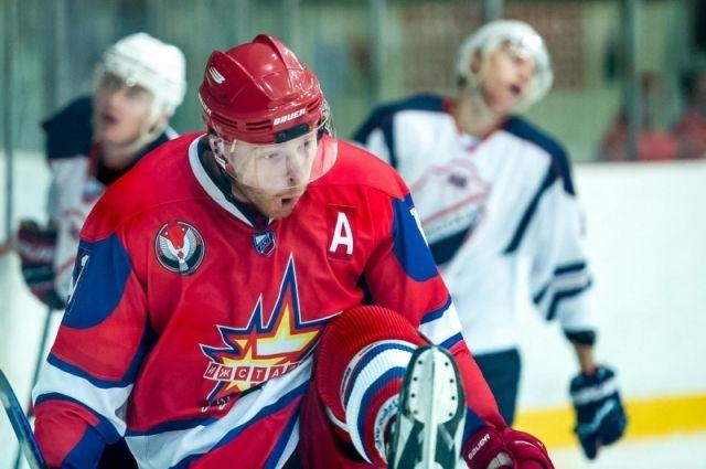 «Ижсталь» одержала победу над хоккеистами из«СКА-Нева»