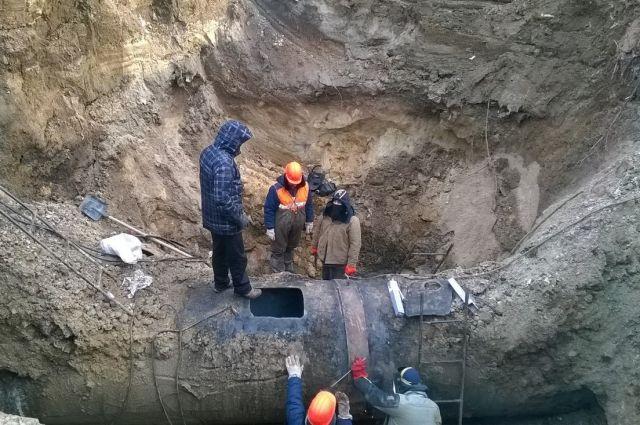 В Кувандыке более 300 домов остались без холодной воды из-за аварии