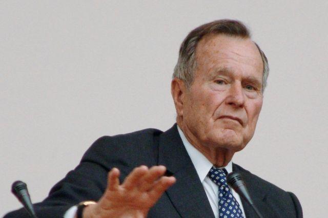 Джорджа Буша-старшего скоро переведут из реанимации