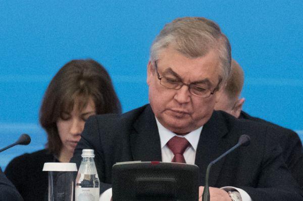 Главным переговорщиком от России заявлен спецпредставитель президента России по сирийскому урегулированию Александр Лаврентьев.