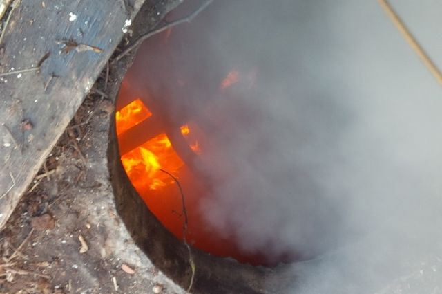 Пожарные спасли мужчину впроцессе пожара