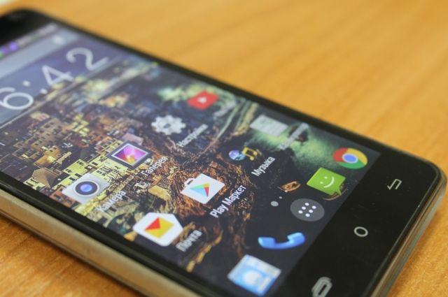 Владельцев смартфонов в Калининграде предупредили об активизации мошенников/