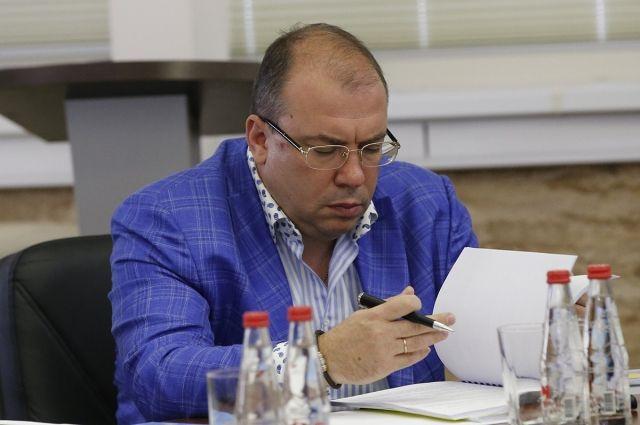 «Анжи» объявил обуходе Кораблева споста гендиректора