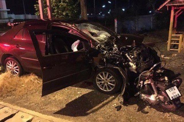 Мопед, на котором ехали два сибиряка, лоб в лоб столкнулся с легковым автомобилем под управлением 38-летней кореянки.