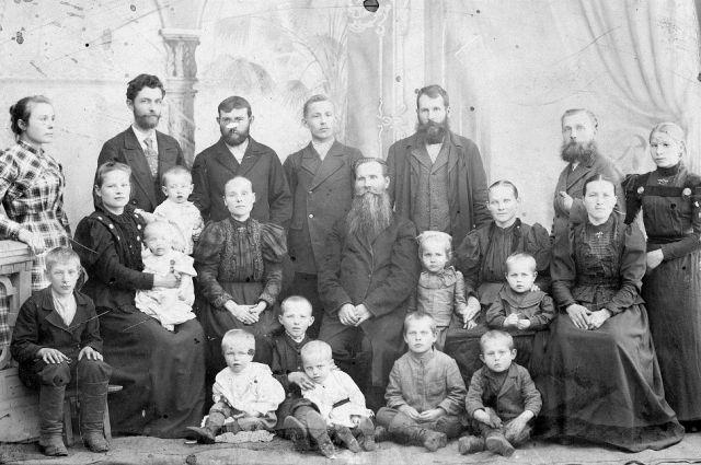 Родословные - шанс сохранить память о тех, чьи истории зачастую не менее интересны, чем жизни известных деятелей.