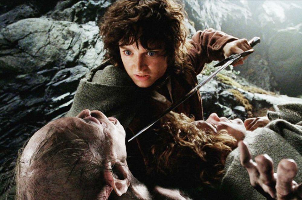 8 место — «Властелин колец: Возвращение короля» (Питер Джексон, 2003). Заключительная часть кинотрилогии, снятой по роману Толкина, получила 11 премий «Оскар» (чем повторила рекорд «Бен-Гура» и «Титаника»), а также ещё 98 других наград и 62 номинации. Рейтинг IMDb: 8.9