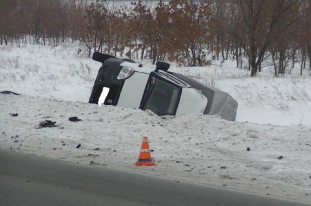 На трассе «Казань-Оренбург» в ДТП с «ГАЗелью» пострадали два человека