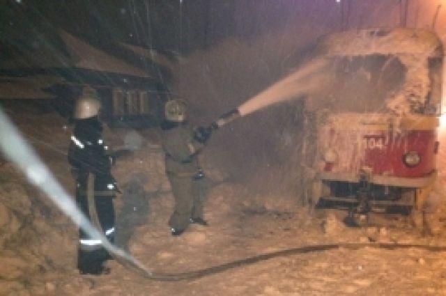 Стали известны детали пожара, который случился ввагоне барнаульского трамвая