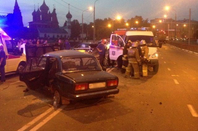 ВЯрославле таксист получил 2 года тюрьмы заДТП с смертельным исходом