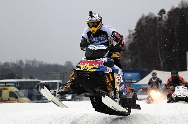 Чемпионы мира поснегоходному кроссу съедутся на состязания вОрлов