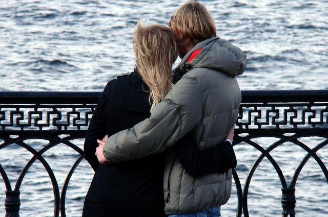 Чтобы не допустить любовных треугольников, нужно просто уделять достаточно внимания своим половинкам.
