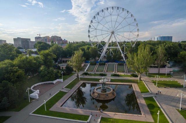 Впарке Гагарина построят новое колесо обозрения