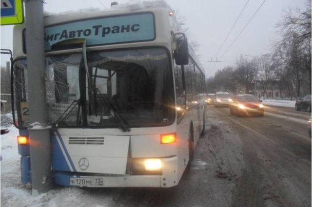 ВКрасноярске каждая 4-я маршрутка выходит намаршрут снеисправностью