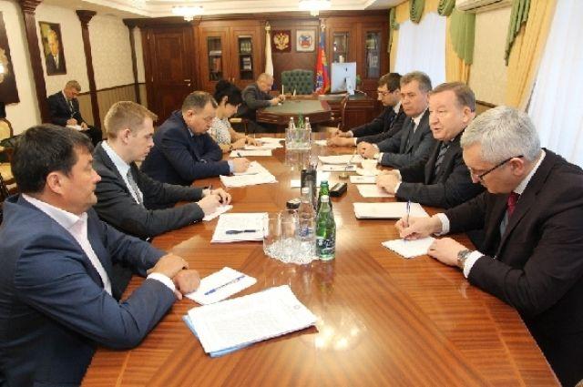 Встреча губернатора с лидерами фракций.