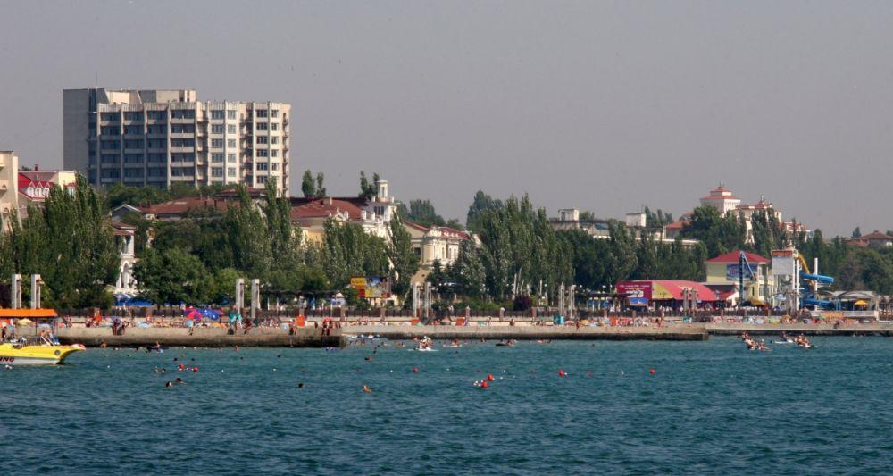 Феодосия, проживание в отеле - 2820 рублей в сутки.