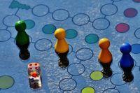 Настольные игры развивают умственные способности.
