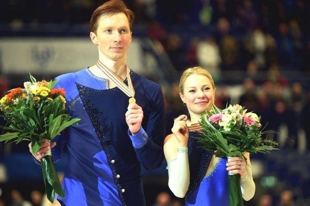 Евгения Тарасова и Владимир Морозов на награждении. Чехия, Острава, 26 января 2017 год.