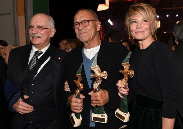 Фильм Андрея Кончаловского «Рай», выдвинутый от России на «Оскар», но не попавший в номинацию, победил во всех основных номинациях: «Лучший фильм», «Лучший режиссёр» и «Лучшая актриса».