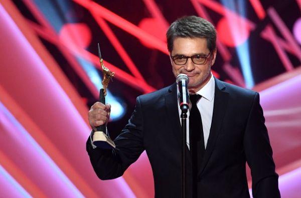 В номинации «Лучшая мужская роль на телевидении» победил актёр Константин Лавроненко.