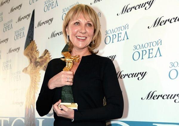 В номинации «Лучшая женская роль второго плана» победила актриса Елена Яковлева.