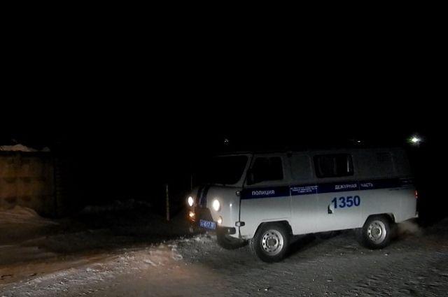 Полицейские просят новосибирцев помочь найти вора