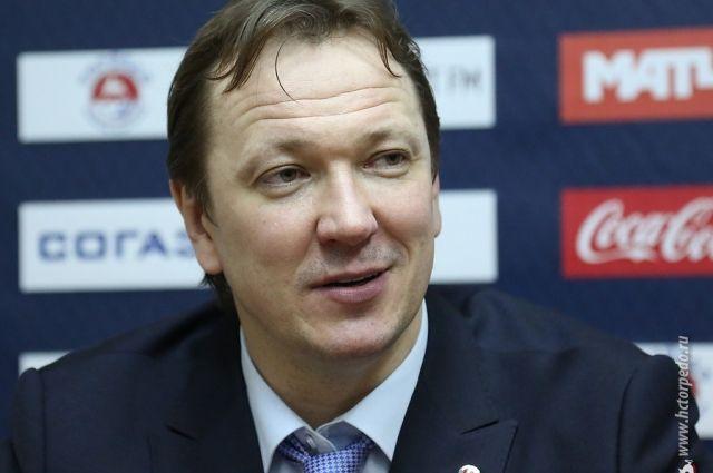 КХЛ дисквалифицировала тренера «Торпедо» Скудру на 4 матча заоскорбление судей