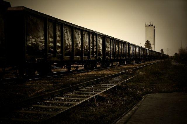 Под Волгоградом спутей сошли 17 вагонов товарного поезда