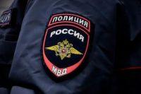 В Новотроицке разыскивается пара с ребенком, обокравшая магазин