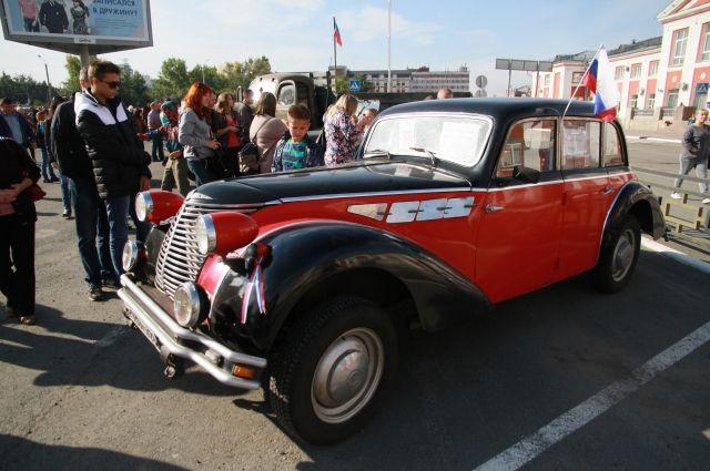 Borgward 2300 на выставке в Барнауле.