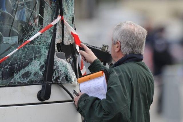 ВоФранции 59 человек пострадали в трагедии савтобусами и фургоном