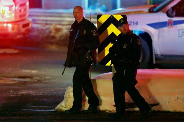 Премьер-министр Канады Джастин Трюдо назвал стрельбу в мечети Квебека трусливым нападением.