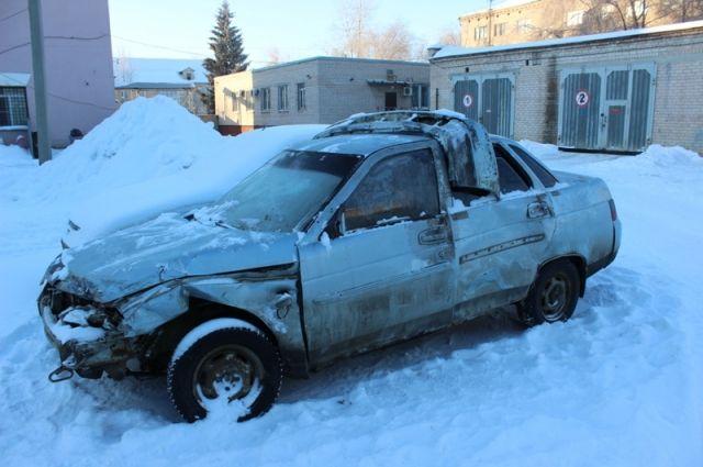 Пьяная бесправница угнала иразбила машину друга вЮжноуральске