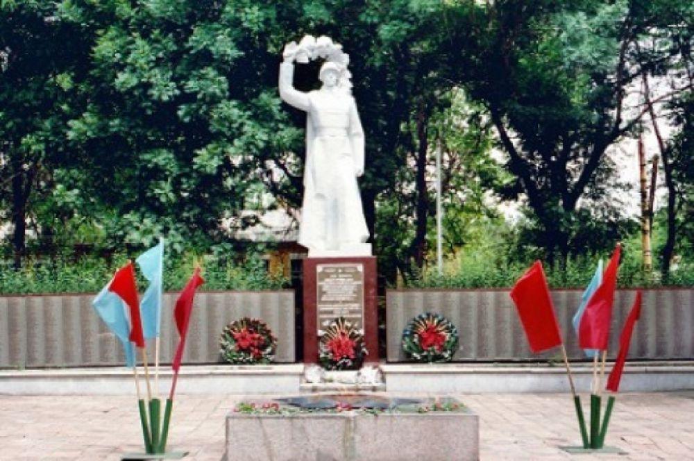 Братская могила воинов, павших в годы Великой Отечественной войны.
