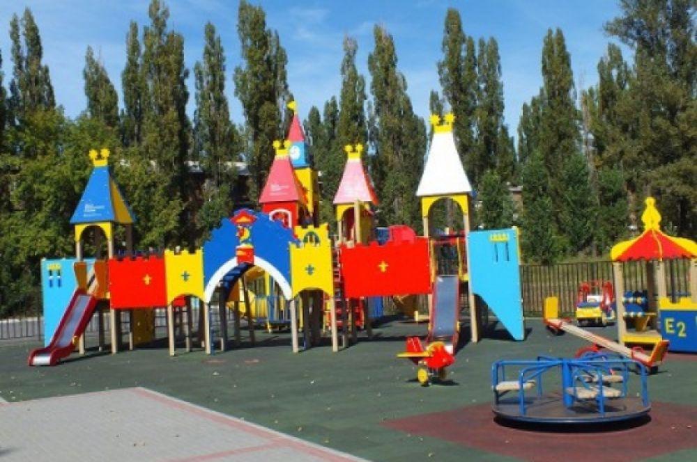 Открытие детского игрового парка Н.Водяновой при поддержке фонда  «Обнаженные сердца».
