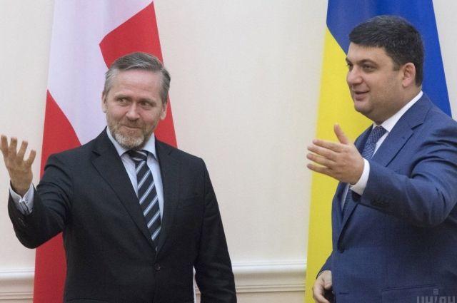 Иинистр иностранных дел Дании Андерс Самуельсен на встрече с премьер-министром Украины Владимиром Гройсманом
