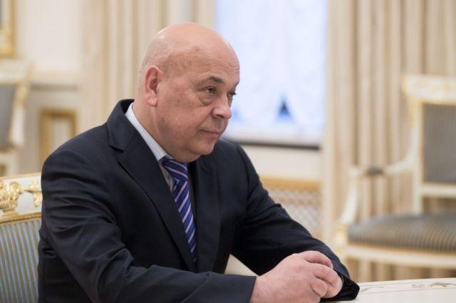 Москаль призывает Гройсмана направить 200 вагонов леса изЗакарпатья вАвдеевку
