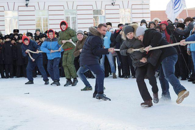Алексей Дюмин на празднике «Татьяниада» в Тульской суворовском военном училище