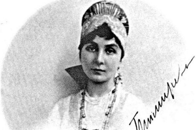 Анна Васильевна Сафонова родилась в 1893 году в Кисловодске в семье терских казаков.