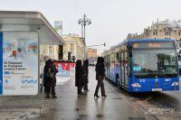Всё больше москвичей предпочитают общественный транспорт личному.