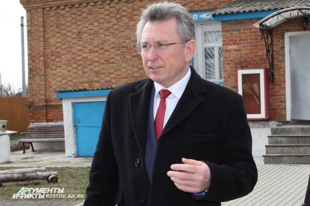 Глава администрации Волгодонского района Виктор Мельников.