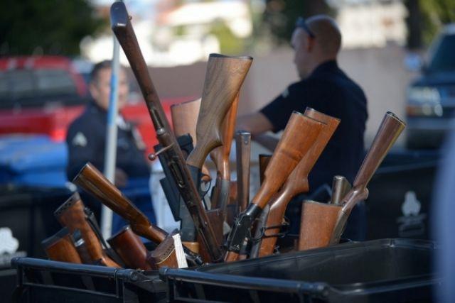 Всего полицейские изъяли за минувшие 10 дней 135 единиц оружия.