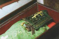 Мощи преподобного Илии покоятся в Антониевых пещерах Киево-Печерской лавры.