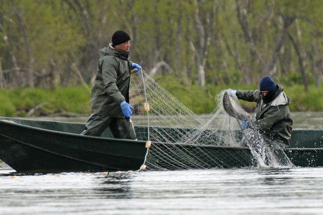 Многие местные мужики становятся браконьерами из-за безвыходности.