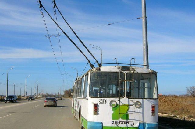 Новейшую троллейбусную линию запустили между Махачкалой иКаспийском