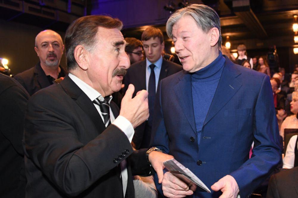 Актёр театра и кино, телевизионный ведущий Леонид Каневский и народный артист РСФСР Александр Збруев.