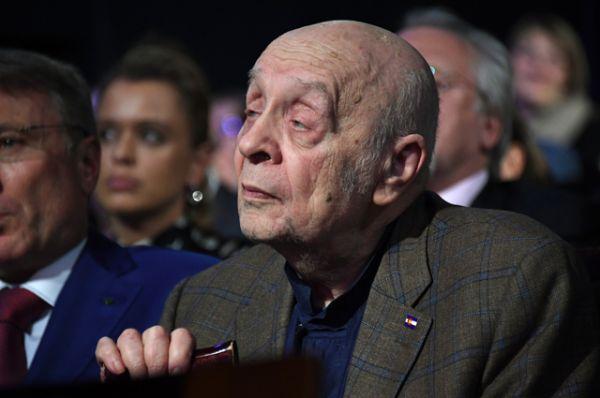Актёр Леонид Броневой.